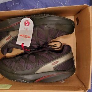 MBT Shoes - MBT Sport 3